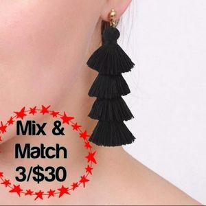 🔹️Tassel Multilayered Black Earrings